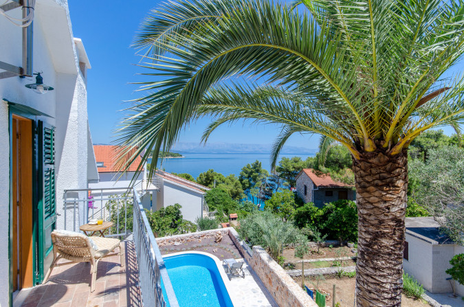 Choose to relax, Villa Blue & Green Hvar - direct contact with owner Jelsa